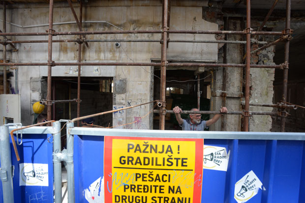 Stradanje radnika na gradilištu u Beogradu: Umesto da su u penziji radili neprijavljeni.