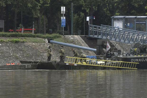 Stravična tragedija na Dunavu u Budimpešti: Brodovi se sudarili u mrklom mraku, jedan potpuno potonuo