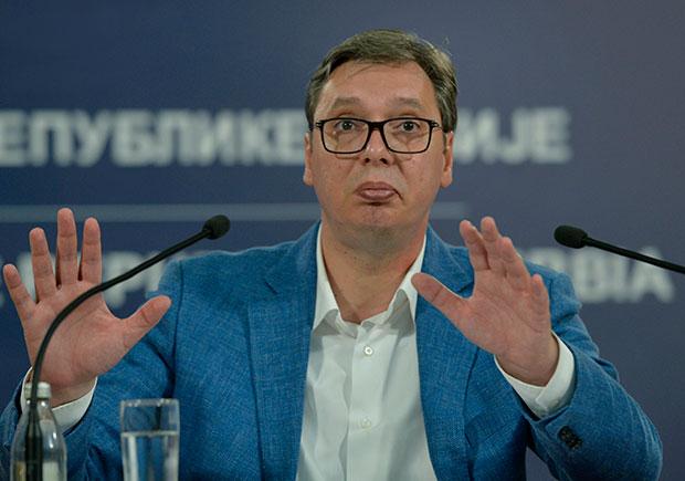 VUČIĆ: Ne prodajemo EPS, naprotiv, hoćemo da širimo i jačamo kompaniju; Sopot nema more ali ga treba videti