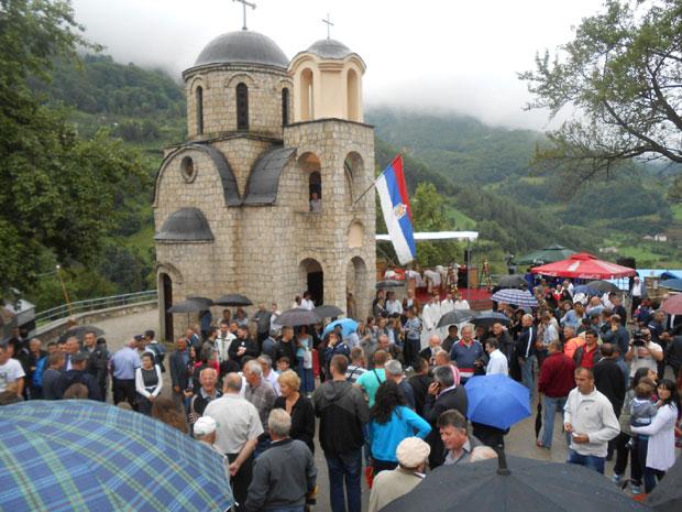 ВЛАСТИ У ЦГ ЋУТЕ: Злочин над Србима који се крије 75 година! 3