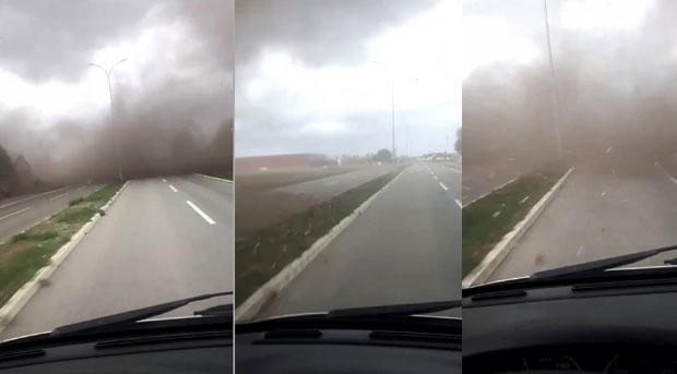 Tornado napravio haos kod Inđije: Jak vetar nosio sve pred sobom