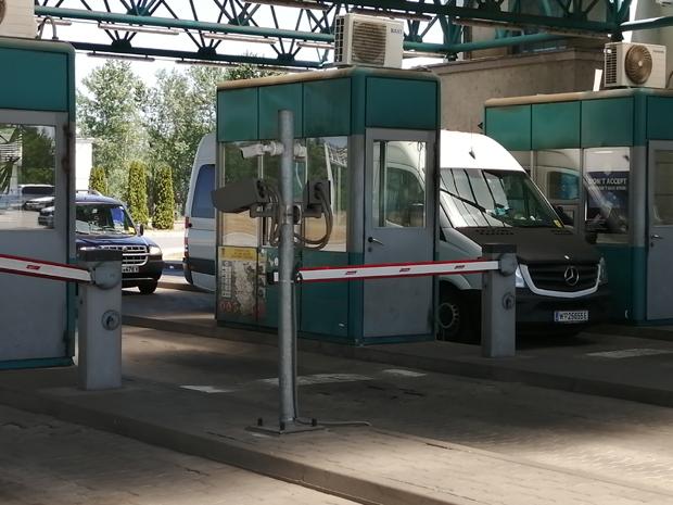 Na graničnom prelazu Horgoš još nema gužve: Na put sa maskama i testom za koronu - za svaki slučaj