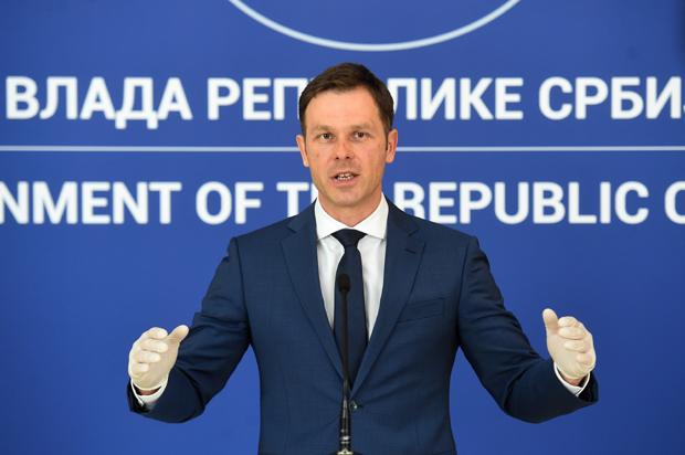 """Ministar Mali: """"Pravo na 100 evra imaće građani sa važećom ličnom kartom u trenutku prijave"""""""