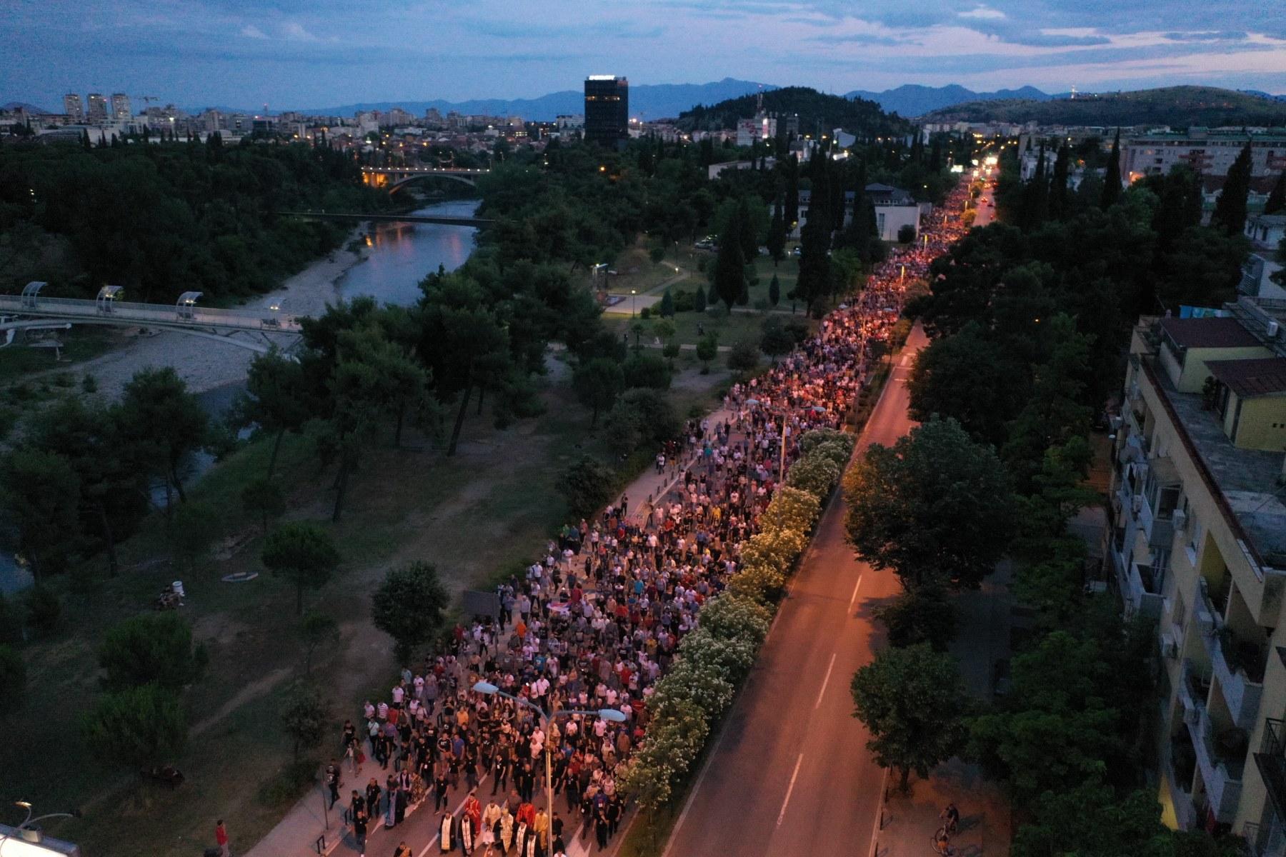 Crna Gora opet na nogama: Na hiljade građana na ulicama Berana ...