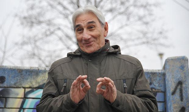 Fali nam malo humora, a i šta će nam kad nam je život smešan: Jova  Radovanović se povukao sa estrade tek pre tri godine, a ima 79 leta |  Novosti.RS
