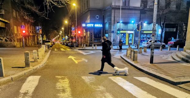 Očekuje nas NAJDUŽI policijski čas do sada: Trajaće 60 sati, a ovo su  saveti šta treba da uradite pre početka zabrane kretanja | Novosti.RS