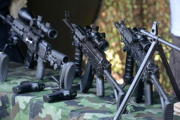 Оружје српских командоса