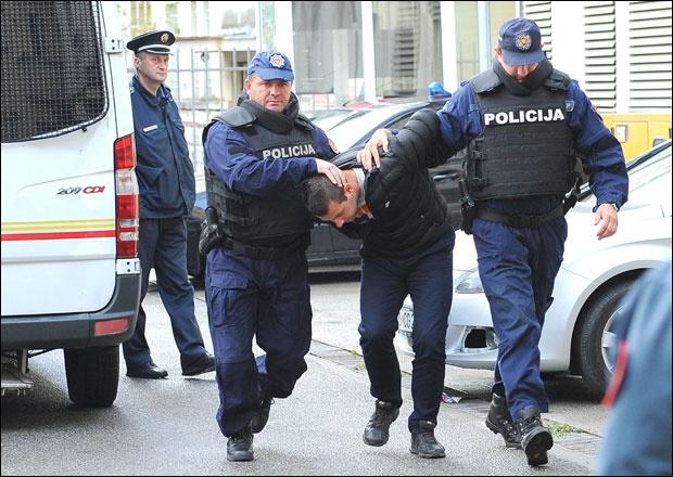 Хапшење на дан избора у Црној Гори