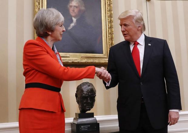 Вашингтонски сусрет Терезе Меј и Доналда Трампа